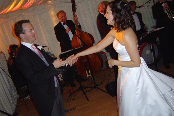 Beautiful Ballroom Routine for wedding couple